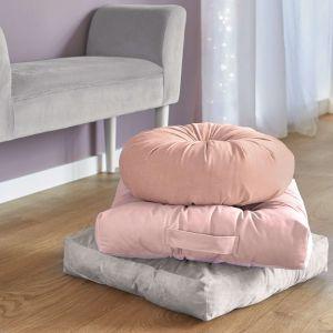 Ocieplenie wnętrza: poduszki aksamitne; cena: 19,99 zł. Fot. Kik