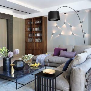 Modny salon - pomysł na urządzenie. Apartament Muranów. Projekt: Taff Architekci. Fot. Aneta Tryczyńska