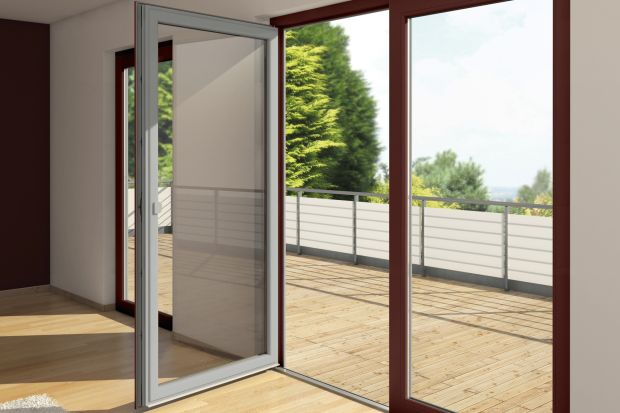 Okna dwukolorowe: zobacz jak dopasują się do wnętrza i elewacji