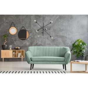 Miętowa sofa 2-osobowa Mazzini Sofas Toscane. Fot. Bonami.pl