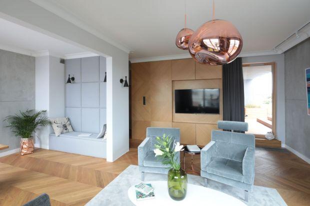 Ściana za telewizorem: 20 dobrych projektów z polskich domów