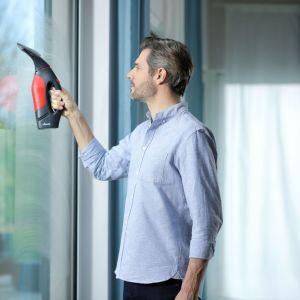 Umyj okna na błysk. Fot. Vileda