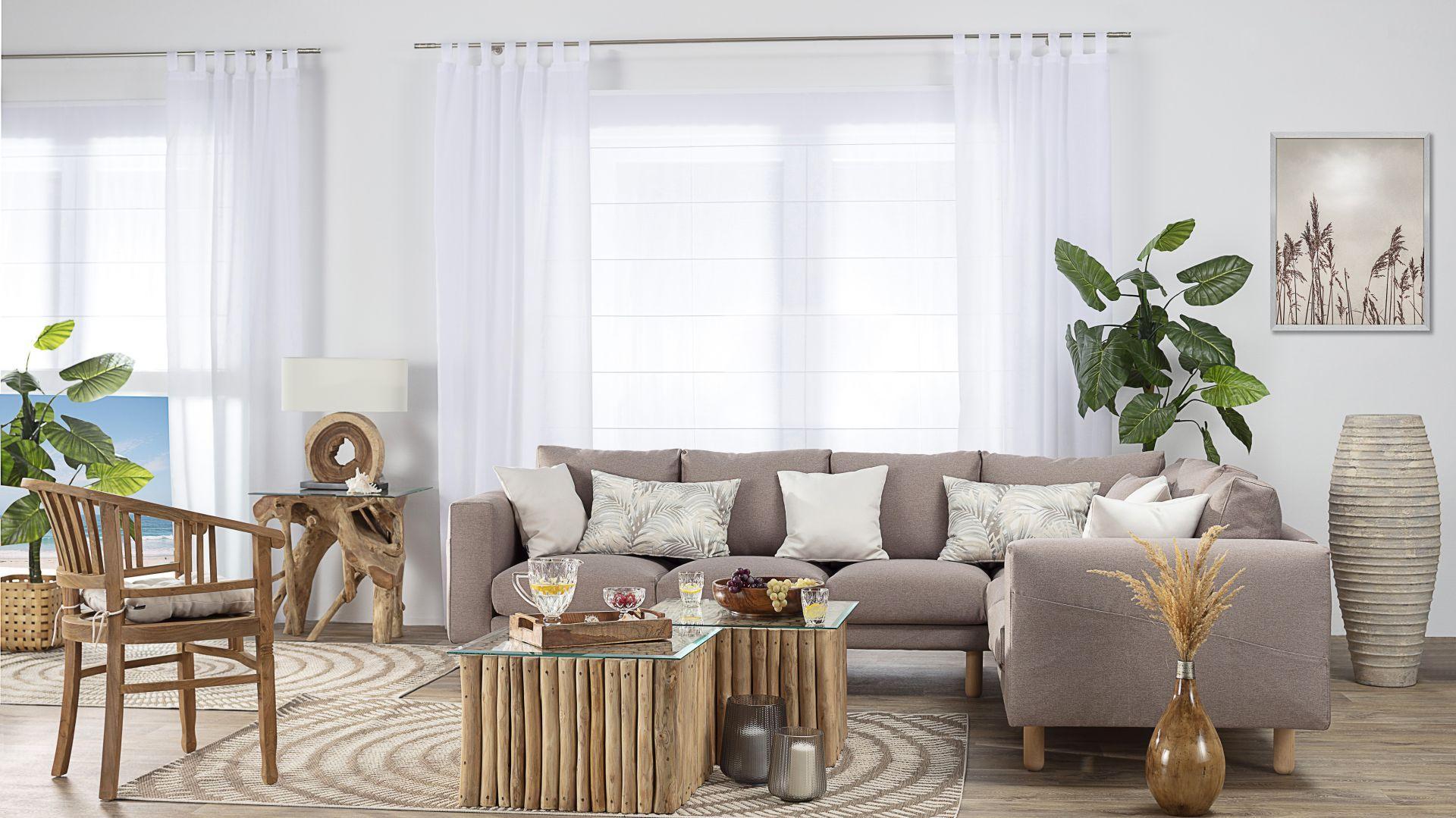 Oprócz kolorowych elementów w tegorocznych aranżacjach znajdzie się również miejsce dla klasycznych drewnianych mebli, których cechami charakterystycznymi mają być solidność oraz elegancja; na zdj. krzesło Clyton. Fot. Dekoria