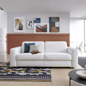 Aranżacja salonu: kolekcje meble z funkcją spania: sofa Sora marki Gala Collezione. Fot. Gala Collezione