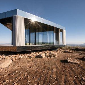 """""""Dom na Pustyni"""". Zdjęcia na zlecenie Guardian Glass: Gonzalo Botet"""