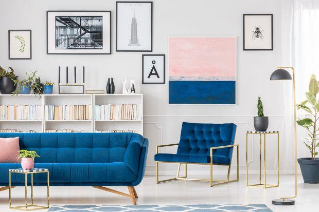 Instytut Pantone, światowy specjalista w zakresie kolorów, co roku typuje barwę, która przez kolejne 12 miesięcy ma zdominować świat mody i designu. W tym roku wybór padł na Classic Blue – ciemnoniebieską tonację o ponadczasowych charakterze