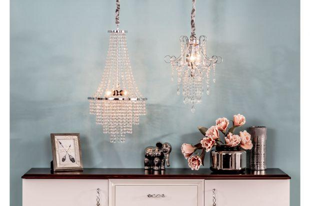 Motyw złota i srebra to jeden z wiodących trendów na 2020 rok, który z powodzeniem sprawdzi się we wszystkich domowych pomieszczeniach. Aby zachować spójność, zadbaj o błyszczące elementy w każdym z nich.