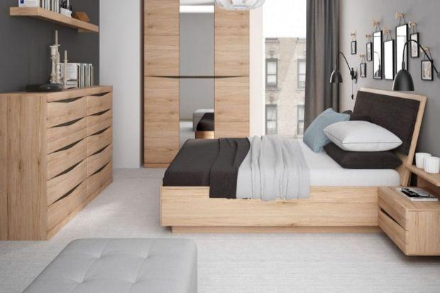 Łóżko nazywane jest sercem sypialni, a dla niektórych nawet całego domu. To w nim spędzamy jedną trzecią życia, dlatego ważne jest, by wybrać je, biorąc pod uwagę styl życia, gust i zastosowanie praktyczne. Na co, więc zwrócić uwagę przy