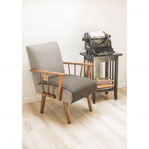 W trakcie warsztatów tapicerowania można odnowić własnoręcznie przyniesione meble. Fot. archiwum Aleksandra Kądzieli