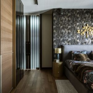 Piękne, stylowe wnętrze: sypialnia. Projekt: Magdalena Młynarska. Fot. Yassen Hristov/Hompics.com