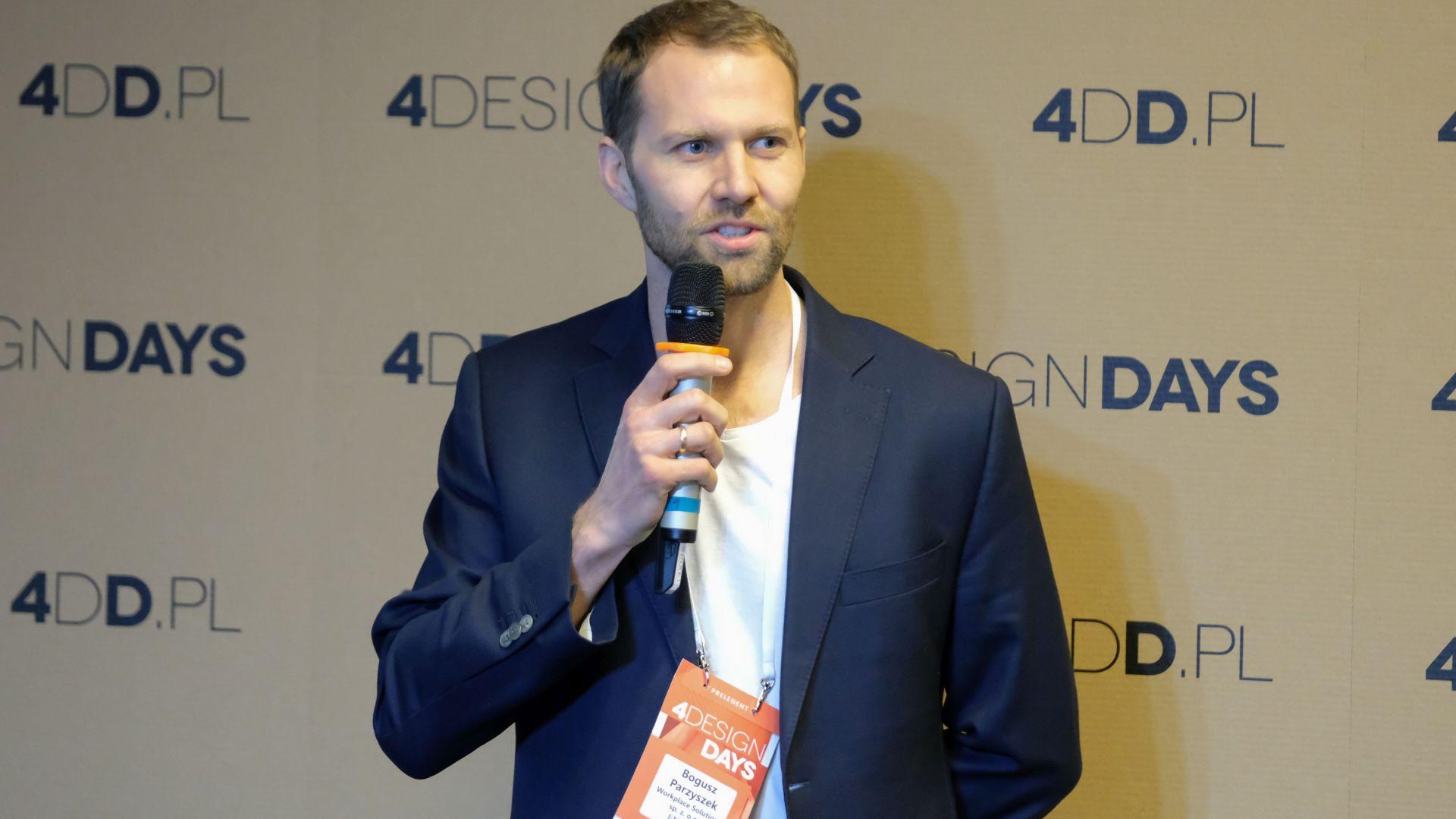 Bogusz Parzyszek, 4 Design Days: onstage. Biura i coworking. Fot. PTWP
