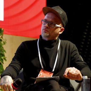 Tomasz Pągowski, projektant, konstruktor, prowadzący programy o urządzaniu wnętrz: Remont w 48h, Projekt Lokalny, Bitwa o Dom. Fot. PTWP