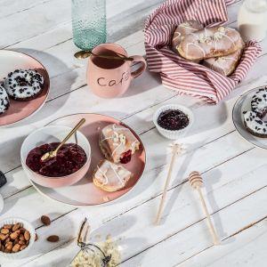 Romantyczna kolacja walentynkowa: jak ją zorganizować. Fot. Salony Agata