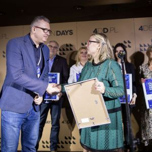 Exhibitor Design Award 2020 - wyróżnienie za najciekawsze stoisko targowe 4 Design Days dla firmy Marchewka.