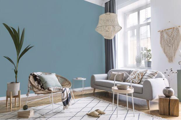Błękit to uosobienie spokoju, harmonii i stabilizacji. Ta barwa dla wnętrz jest jak powiew świeżego powietrza, który otwiera przestrzeń i nadaje jej zupełnie nowego charakteru.