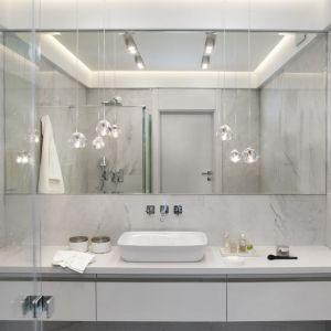 Ściany w łazience: propozycja numer 6. Projekt: Roland Stańczyk. Fot. Hanna Długosz