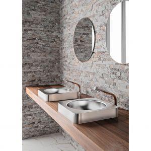 Produkty sanitarne marki Delabie w 60% składają się z pochodzącej z recyklingu stali nierdzewnej. Fot. Delabie