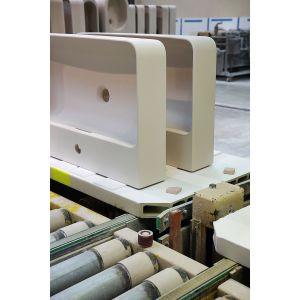 Do produkcji ceramiki sanitarnej z materiału SaphirKeramik zużywanych jest mniej surowców niż w przypadku tradycyjnego tworzywa ceramicznego. Fot. Laufen