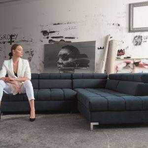 Modna kanapa w salonie. Narożnik Arte. Fot. Libro