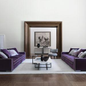 Modna kanapa w salonie. Sofa Armand mari Flexform. Fot. Studio Forma 96