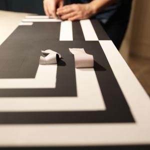 Op-artowa szafka czyli sztuka renowacji mebli w praktyce. Zdjęcia i realizacja: Pani to Potrafi