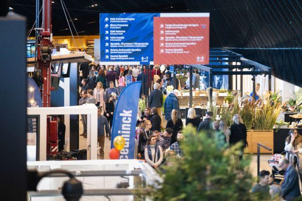 Ponad 10 tys. gości biznesowych w trakcie dwóch dni biznesowych i 25 tys. odwiedzających podczas dni otwartych, 300 prelegentów, blisko 60 sesji dyskusyjnych, 300 wystawców - wydarzenie 4 Design Days 2020 - święto architektury, designu i nieruchomo