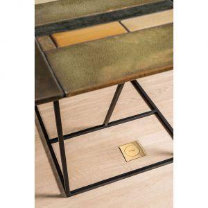 """""""Floor box"""", firmy Arpi (na zdjęciu wykończenie: polerowany mosiądz)."""