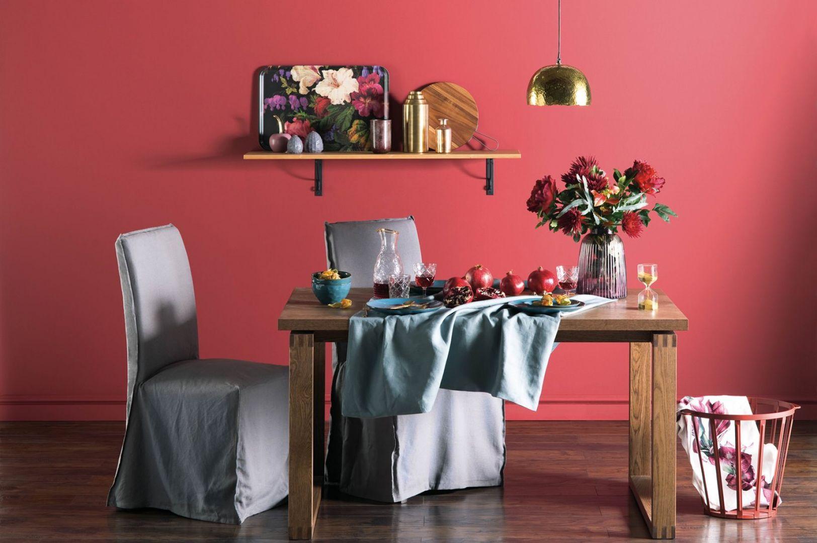 Ciepłe i zimne kolory – do jakich wnętrz pasują najbardziej? Beckers the Art of Being, kolor Tango. Fot. Beckers