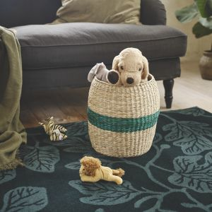 Przechowywanie w domu. Kosz na drobiazgi Tjillevips z trawy morskiej. Fot. IKEA