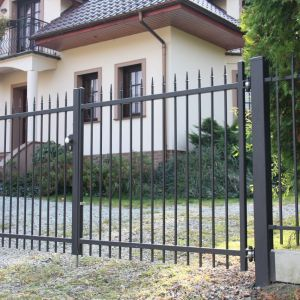 Ogrodzenie domu. Fot. Plast-Met