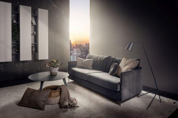 Mała, zgrabna sofa idealnie sprawdzi się nawet w małych pomieszczeniach. Jej efektowna forma i smukła sylwetka sprawi, że mebel stanie się główną ozdobą salonu.