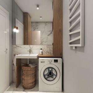 W łazience nie brakuje praktycznych schowków. Projekt i zdjęcia: Pracownia Architektoniczna MGN