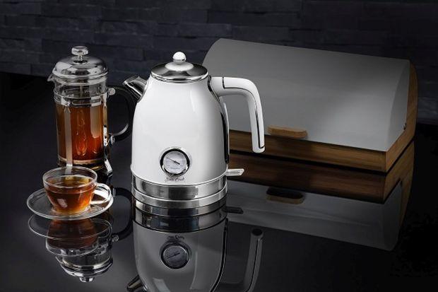 Filiżanka herbaty to idealna propozycja na chłodne, zimowe wieczory i popołudnia. Rozgrzewa i ma właściwości relaksujące. Wystarczy trochę gorącej wody i sprawdzone przepisy.