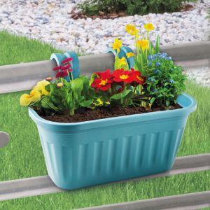 Przygotuj ogród na wiosnę. Skrzynki balkonowe pozwolą z kolei z wyprzedzeniem zaplanować wystrój tarasu. Fot. Netto