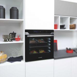 AGD do kuchni: nowoczesny model piekarnika. Fot. Hoover