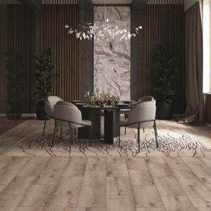 Kolekcja Arteo oferuje panele laminowane o różnych szerokościach. Na zdj dekor Dąb Congare. Fot. Classen