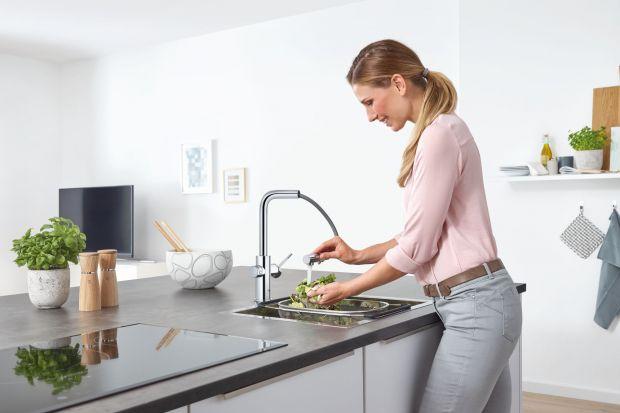 Nowoczesna i dobrze dobrana bateria kuchenna powinna być wygodna w użytkowaniu, ergonomiczna, oszczędzająca wodę oraz nasz czas, jak również doskonale dopasowana do zlewozmywaka i współgrająca z aranżacjąwnętrza.