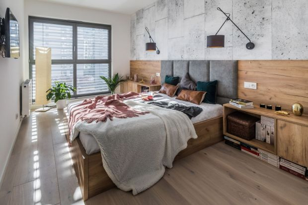 Tapicerowany zagłówekczy modna farba, drewno, cegła czy tapeta? Każdy sposób nawykończenie ściany za łóżkiem ma swój urok.Prezentujemy rozwiązania i pomysły z polskich domów - życzymy wielu inspiracji!