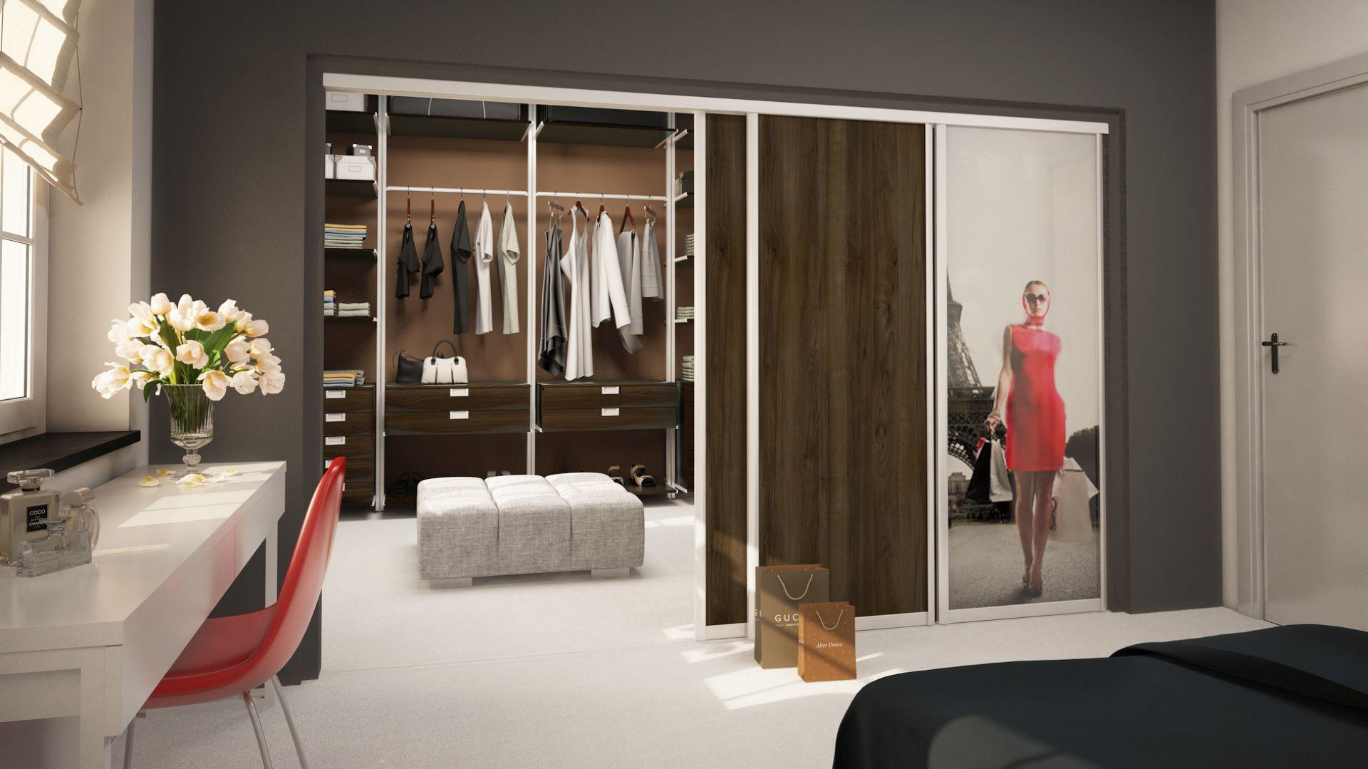 Garderoba w domu - trendy w aranżacji. Fot. Komandor