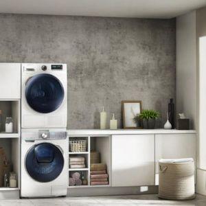 Mitem jest, że węższe pralki mają małą pojemność czy nie posiadają wszystkich niezbędnych funkcji, które pomagają dbać o ubrania. Fot. Samsung
