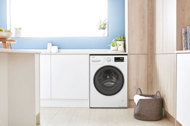 Nowoczesna pralka z systemem prania parowego