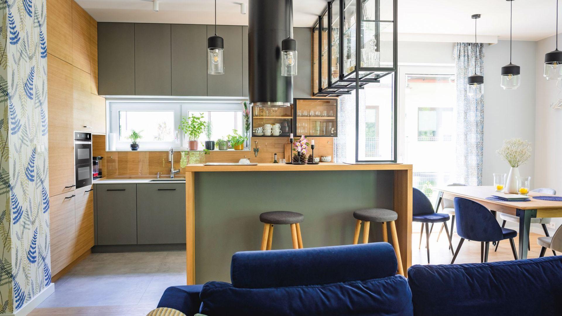 Studio Mebli Kuchennych Max Kuchnie Strefa na wymiar Garwolin. Realizacja kuchni zgłoszona do konkursu Kuchnia-Studio Roku 2020 na najlepsze realizacje wykonane przez studia kuchenne.