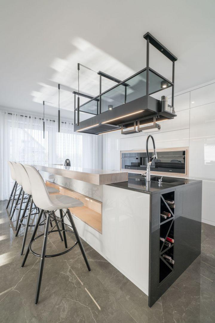 Studio Mebli Kuchennych Max Kuchnie Jurimex Nysa. Realizacja kuchni zgłoszona do konkursu Kuchnia-Studio Roku 2020 na najlepsze realizacje wykonane przez studia kuchenne.