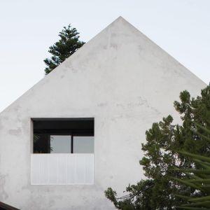 Dom z recyklingu w Australii. Projekt: Whispering Smith Fot. Ben Hosking