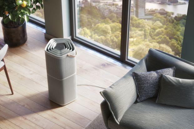 Nie zawsze zdajemy sobie sprawę, że zła jakość powietrza na zewnątrz przekłada się także na jego jakość w naszych mieszkaniach.