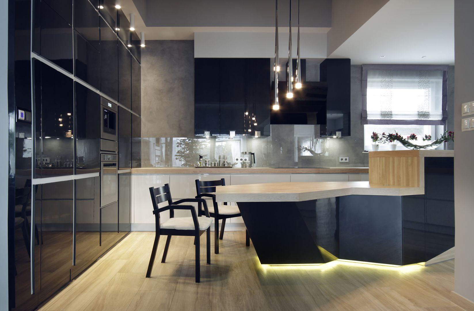 Studio Mebli Kuchennych Max Kuchnie Kampra Nochowo. Realizacja kuchni zgłoszona do konkursu Kuchnia-Studio Roku 2020 na najlepsze realizacje wykonane przez studia kuchenne