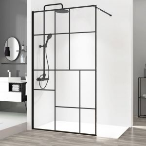 Ścianka prysznicowa Bler 2 typu walk-in w czarnym wykończeniu dostępna w ofercie firmy Rea. Fot. Rea