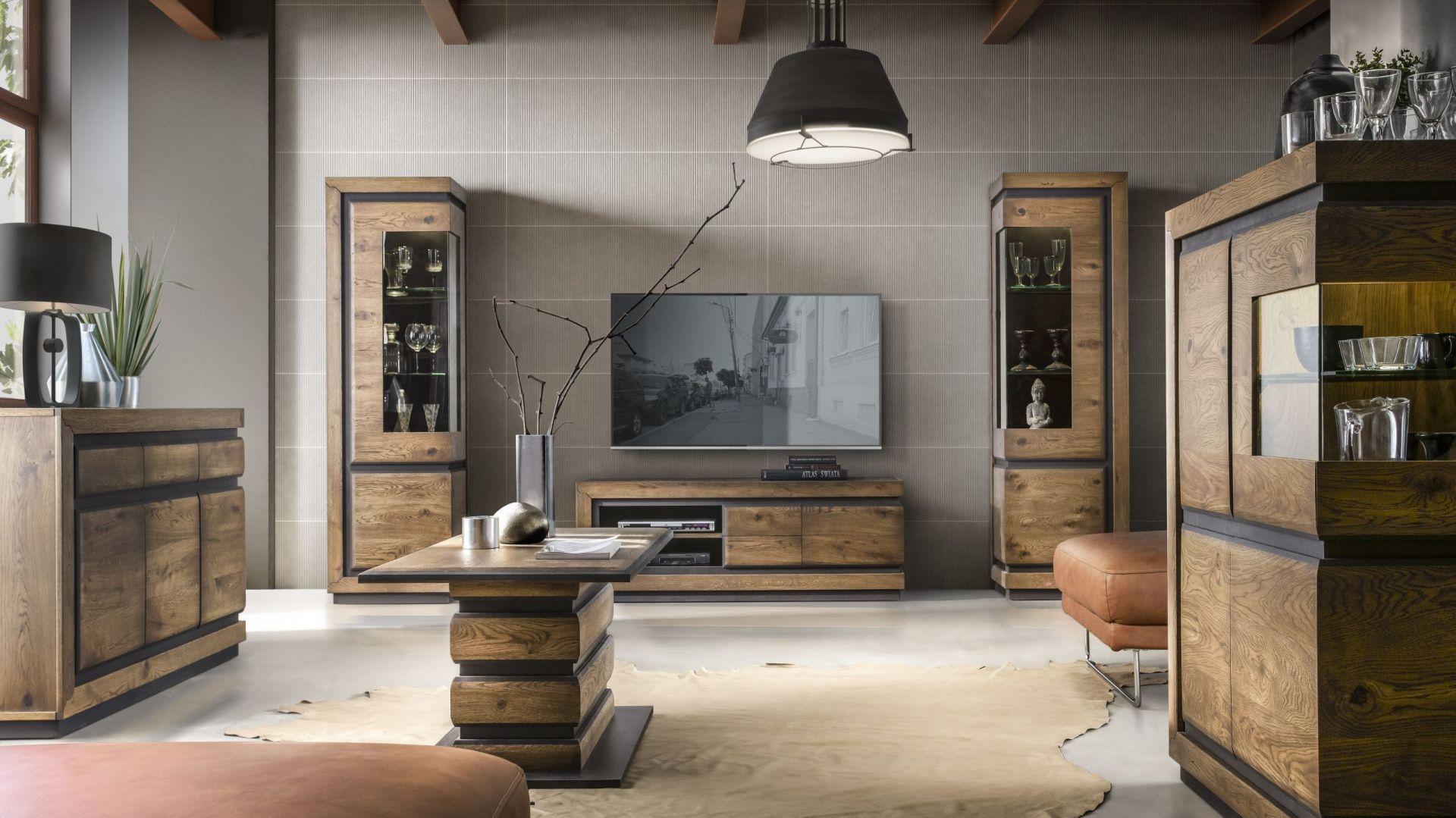 Inferno to kolekcja mebli z litego drewna z oryginalnymi wstawkami z czarnego MDF-u. Fot. Meble Olejnikowski