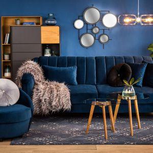 Classic Blue oraz jego odcienie to jedne  z najmodniejszych kolorów w tym sezonie. Fot. Salony Agata
