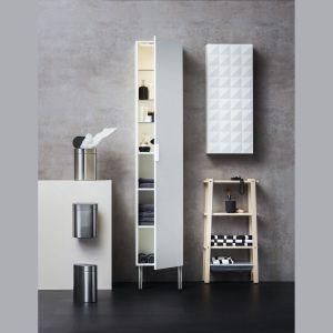 Godmorgon – elegancka szafka łazienkowa do przechowywania niezbędnych przy porannej toalecie akcesoriów. Dostępne w ofercie IKEA. Fot. IKEA